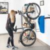 Wieszanie roweru na wieszaku